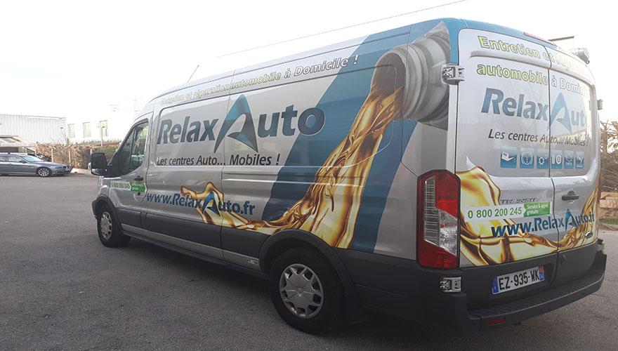 décoration adhésive camion